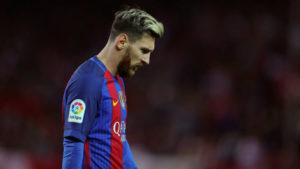 Сколько получает Месси в Барселоне за месяц и год