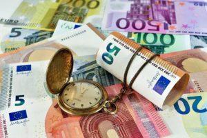 Как скопить деньги при маленькой зарплате правильно