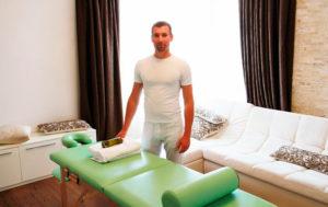 Какая зарплата у массажиста в России