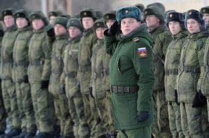 Какие зарплаты у срочников в армии России