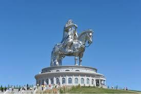 Какая средняя зарплата в Монголии