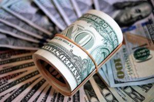 Сколько зарабатывают врачи в США: средние зарплаты по специальностям