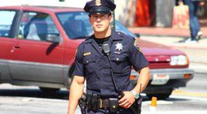 Какая зарплата у полицейского в США