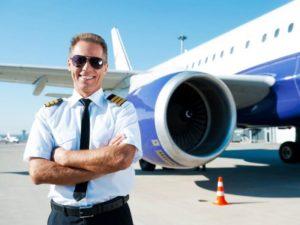 Сколько зарабатывают пилоты в США: средние зарплаты